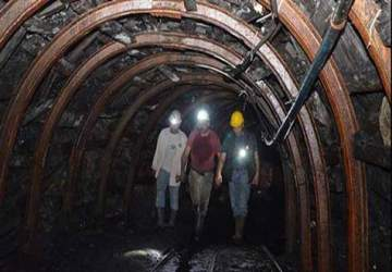 92 maden ocağına kilit